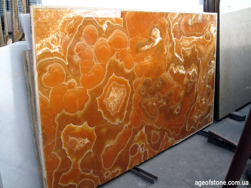 Сляб оранжевого оникса